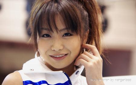 青島明菜 笑顔